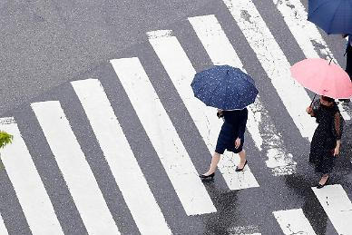 [내일 날씨] 출근길 장대비, 일부 지역 300㎜…더위 한풀 꺾여