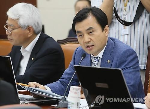 안규백 의원‧송영길 보좌진 코로나19 확진…與 일정 비상