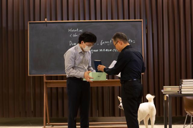 위대한 자아 기르는 배철현 고전공부 학교, 서브라임 학생 6명 첫 졸업식