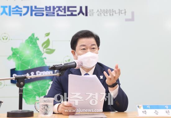 """박승원 광명시장 """"건물붕괴로 소중한 시민 목숨 잃어 정말 안타까워"""""""