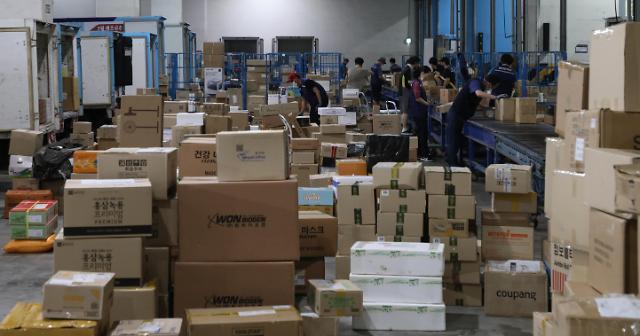 韩快递罢工影响范围扩大 各公司出台紧急对策