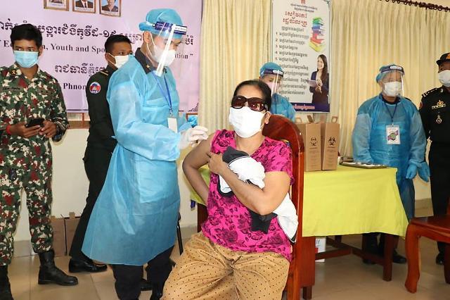 [NNA] 캄보디아, 누적감염자 4만명 돌파... 프놈펜 시장 재개