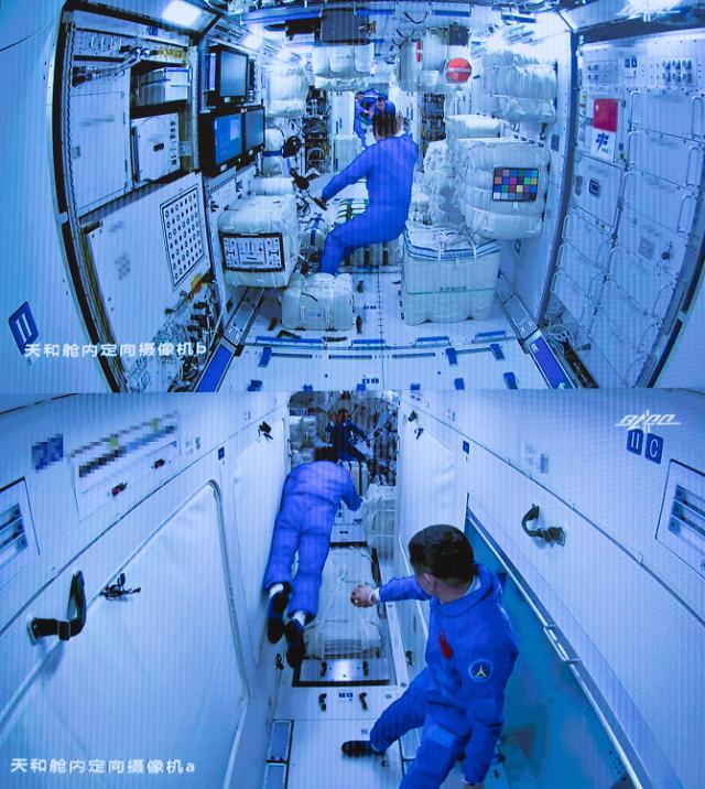 [포토] 우주정거장 핵심모듈 톈허에 진입하는 중국 우주인들