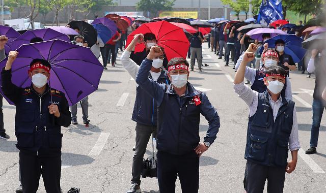 삼성디스플레이, 창사 이래 첫 파업…최주선 대표 경영 시험대