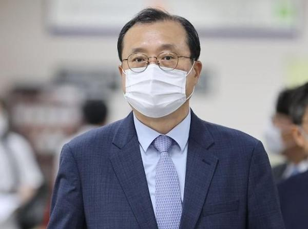 임성근 항소심···재판 공정성 무너져 檢 징역 2년 구형