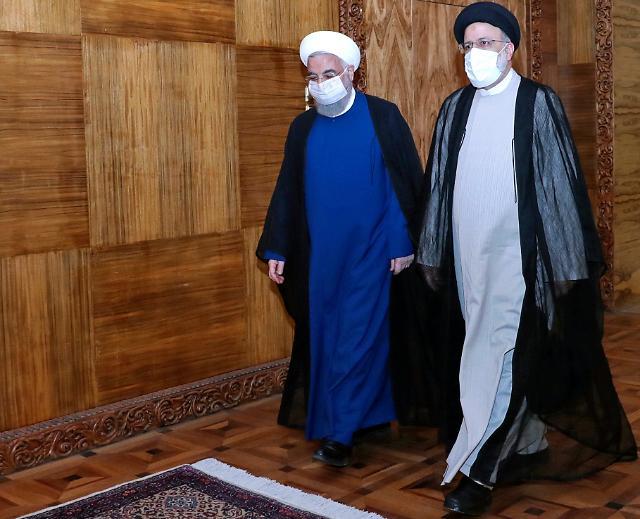 """이란 """"미국과 원유 수출 금지 제재 해제 합의했다""""...미국 측은 부인"""