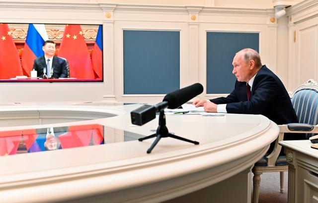 """시진핑·푸틴, 화상 정상회담...""""중국과 러시아 긴밀한 협력"""""""