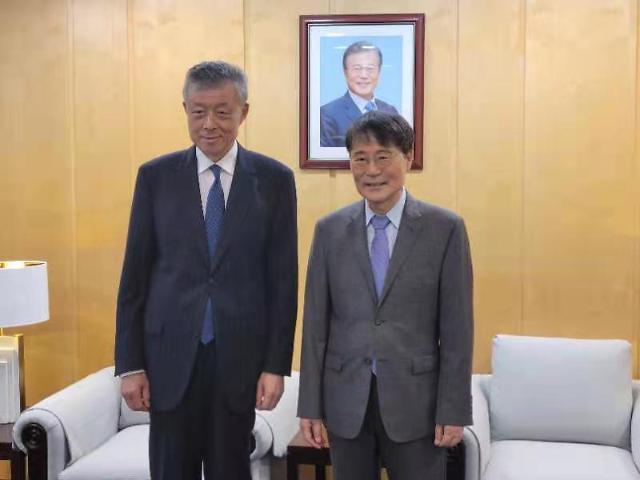 장하성 주중대사, 류샤오밍 中 북핵대표 만나 한반도 문제 논의