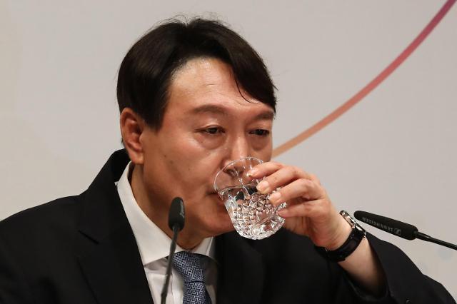 윤석열, 원희룡 이어 권영세 만찬 회동…입당 논의 촉각
