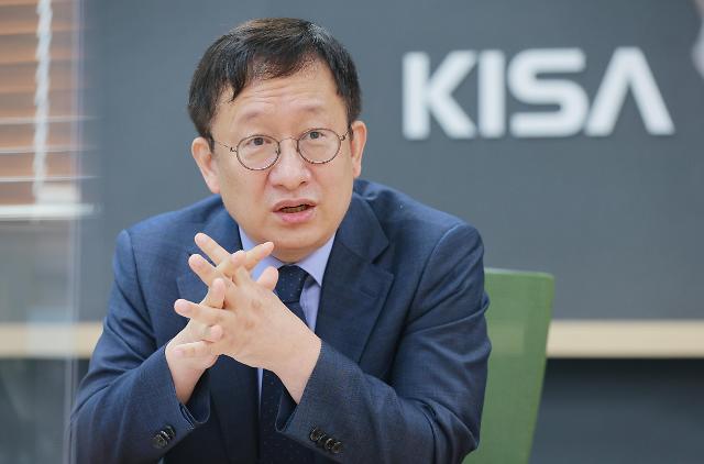 """[아주초대석] 이원태 KISA 원장 """"사이버위협 대응의 경제효과, 데이터로 입증하겠다"""""""