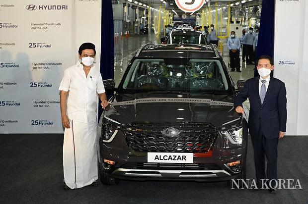 1000만대째로 생산된 고급 SUV 알카자르