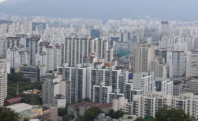 [서민 노마드] 서울 중소형 아파트도 평균 10억원…1년6개월새 3억 뛰었다