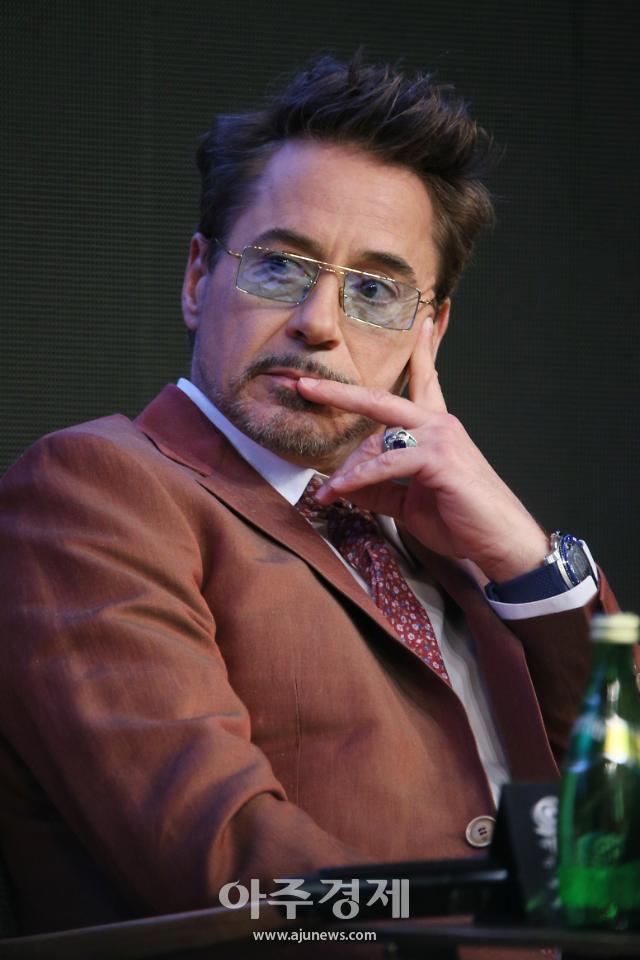 로버트 다우니 주니어, 박찬욱 감독 연출 미국 드라마 동조자 출연