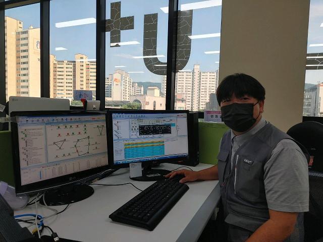 """""""고객이 최우선""""…새벽 4시까지 장비 점검해 찐팬 만든 LG유플러스"""