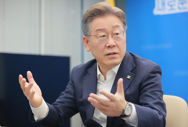 """이재명 """"외교관 망언, 일본 정부 공식 사과해야"""""""