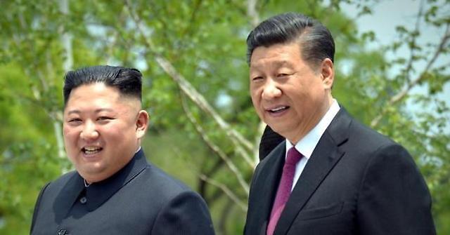 北, 지난달 중국에서 141억원 어치 물품 수입...담배 31%