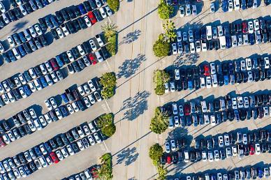 중국, 반도체에 발 묶인 신차…중고차 시장이 뜬다