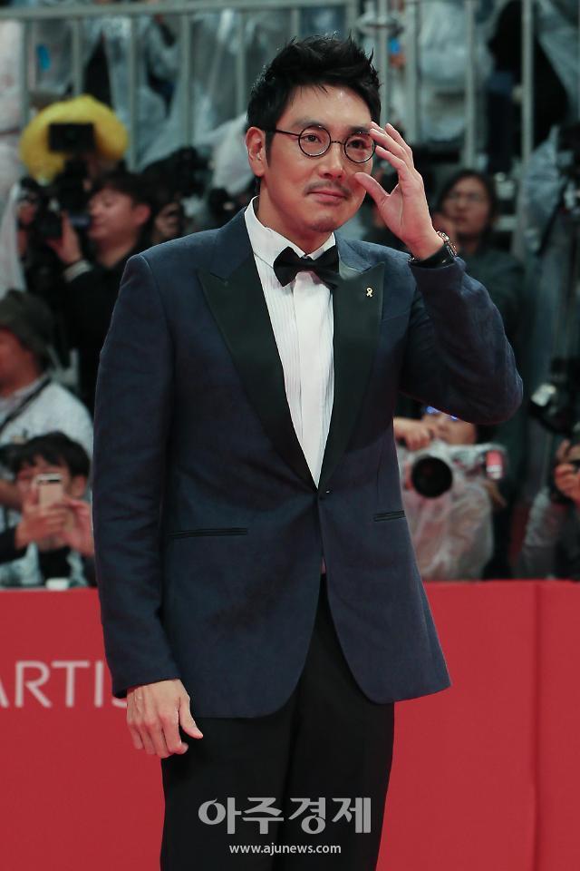 조진웅 첫 단편 연출작 력사: 예고편, 해외 영화제 초청