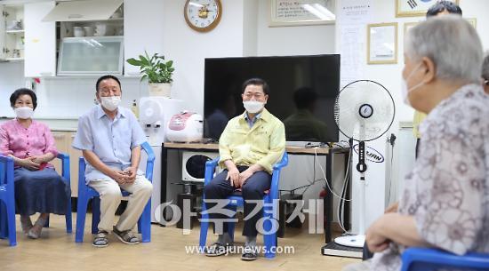 """박승원 광명시장 """"코로나19에 폭염까지 겹쳐 더욱 어려운 상태"""""""