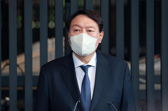 '친윤' 의원들, 윤석열 위기 고조되자 애먼 이준석 때리기