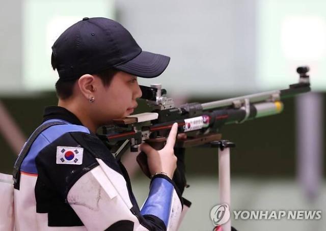 [도쿄올림픽 2020] 박희문·권은지 21년 만 女 10m 공기소총서 동시 결선 진출
