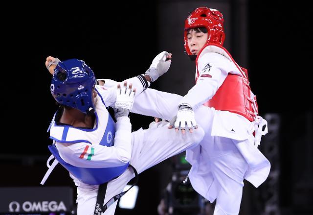 한국 태권도 국가대표단 첫 메달...장준, 남자 58kg급 3위