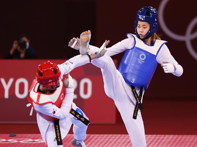 [도쿄올림픽 2020] 이아름, 16강 연장서 충격패···태권도 金 적신호