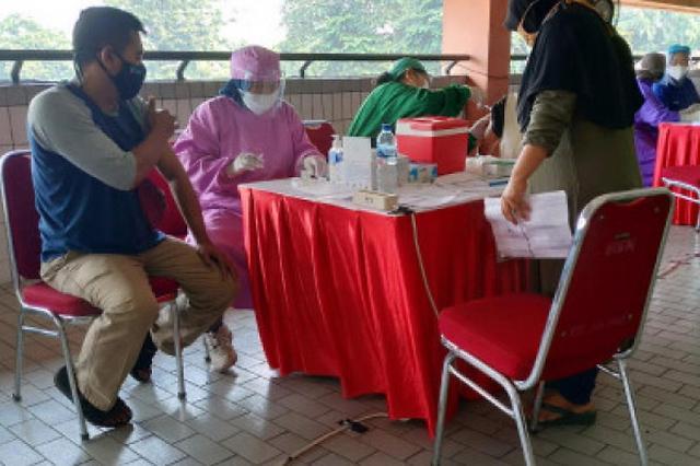 [NNA] 印尼 자카르타 1회 백신 700만명 돌파... 목표의 80% 달성