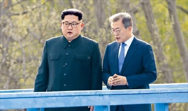青瓦台:韩朝联络渠道重启 首脑4月起多次通信