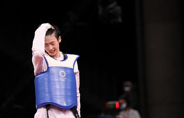 태권도 이다빈 은메달... 한국, 올림픽 사상 첫 노골드