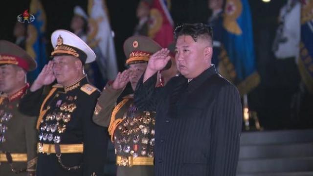 김정은, 어젯밤 노병대회 참석...핵억제력 언급 없어