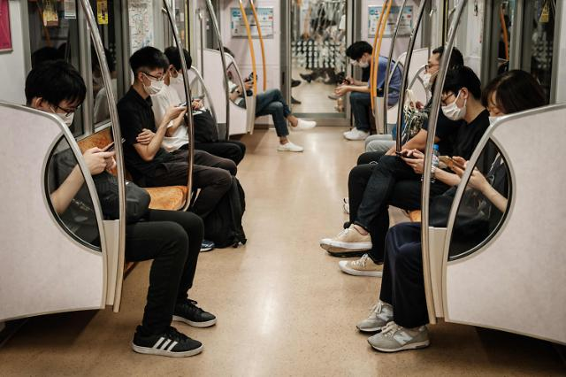 일본 올릭픽 기간 코로나 신규확진자 역대 최다 1만명 육박