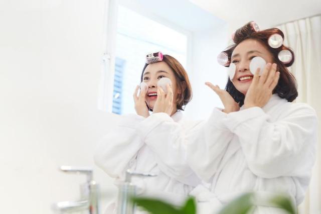 疫情反弹酷暑来袭 韩居家护肤市场需求旺