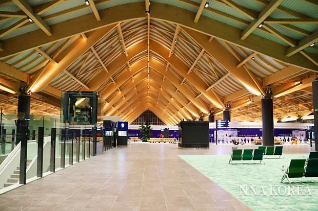 클라크 국제공항 내에 완공된 신 터미널