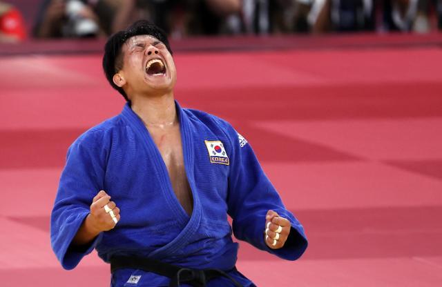 [도쿄올림픽 2020] 유도 조구함, 결승 진출 환호 (포토)