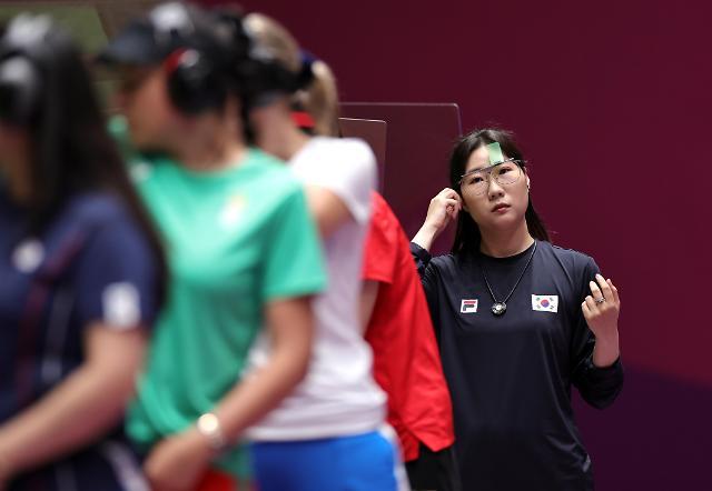 25m 권총 김민정, 슛오프 접전 끝에 은메달 획득