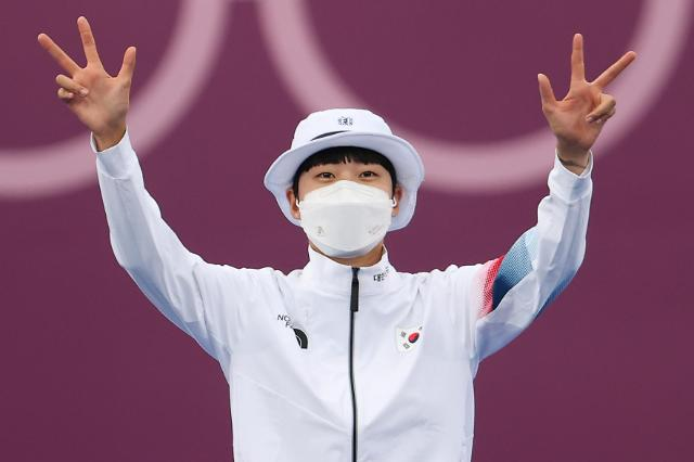 韩选手安山东奥女子射箭摘金