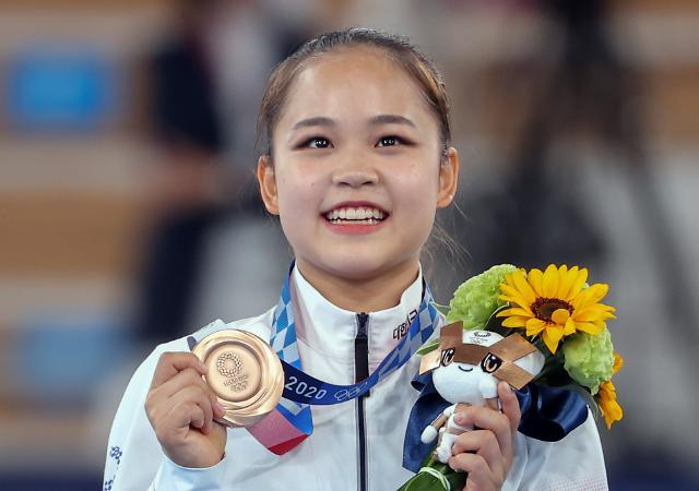 [도쿄올림픽 2020] 도마서 동메달 딴 여서정, 여홍철과 부녀 메달리스트 등극