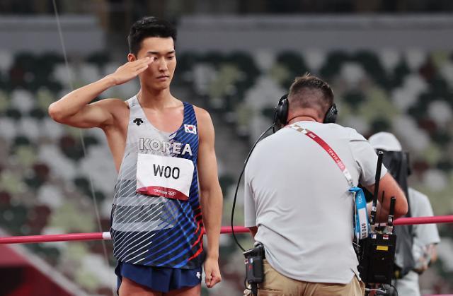 [도쿄올림픽 2020] 메달보다 값진 4위…우상혁, 도쿄를 날았다