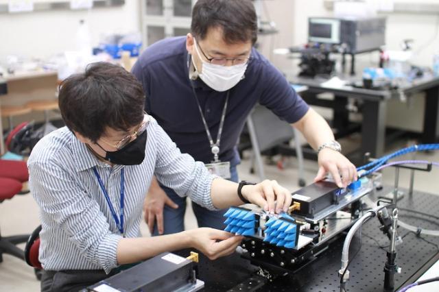 """LG·카이스트, 6G 테라헤르츠 대역 빔포밍 기술개발 성공…""""5G 11배 성능"""""""