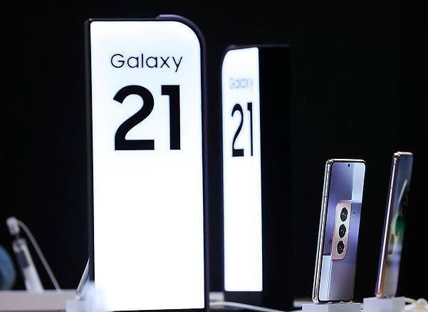 三星中低价智能手机市场缩水 小米首跃全球第二或动摇三星龙头地位