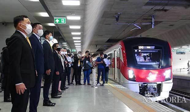 [NNA] 日 엔 차관으로 건설된 태국 수도권 철도 레드라인 개통