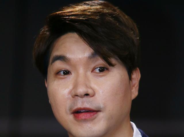 """""""더는 참을 수 없는 수준"""" 박수홍, 유튜버 김용호 고소"""