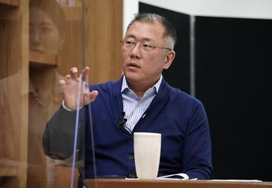 疫情后近两成韩大企业高层买入自家股票 郑义宣大赚5.6亿元
