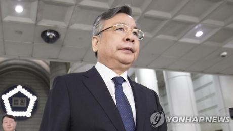 가짜 수산업자 포르쉐 의혹 박영수 전 특검 경찰 소환