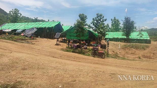 미얀마 민다의 피난민 캠프