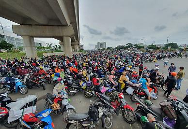 베트남 호찌민, 9월 15일까지 봉쇄연장...이달까지 70% 접종목표
