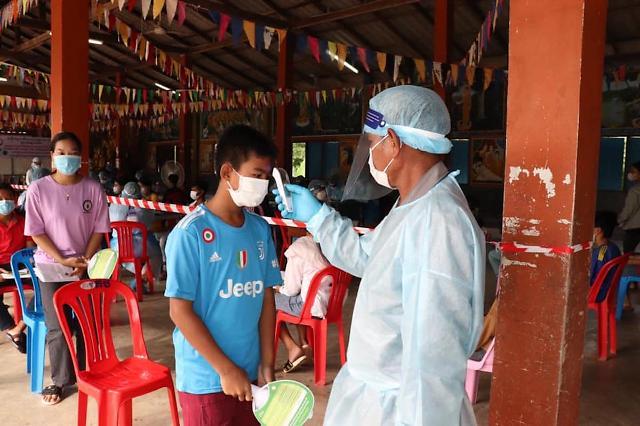 [NNA] 캄보디아 15개주에 철저한 방역수칙  당부… 귀국자 증가로 감염자도 급증