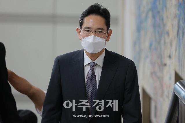 """[뉴스분석] 이재용 취업제한 논란에 묵묵부답...박범계 """"문제 없다"""""""