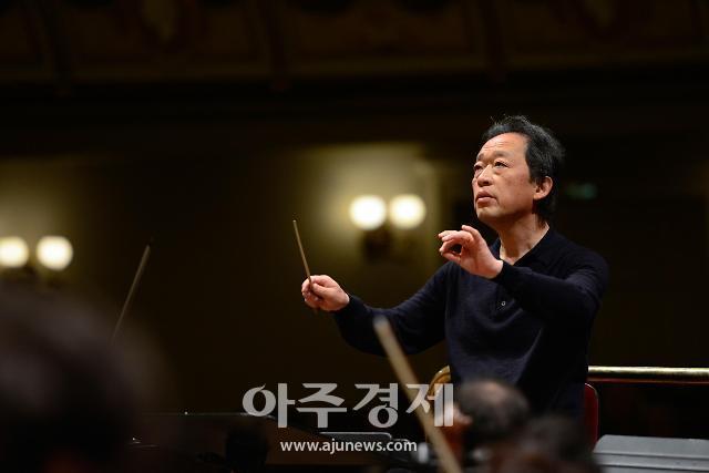 KBS교향악단, 정기연주회...정명훈·게리 올슨 협연